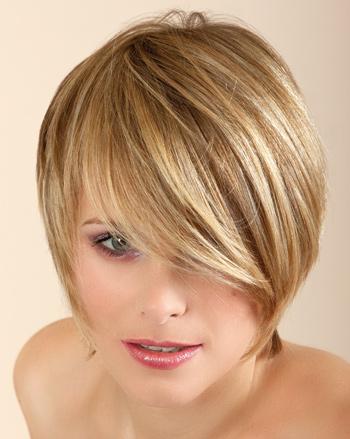 Coiffure Carru00e9 Arrondi - Femme Cheveux Courts Sur Coupe2cheveux.com