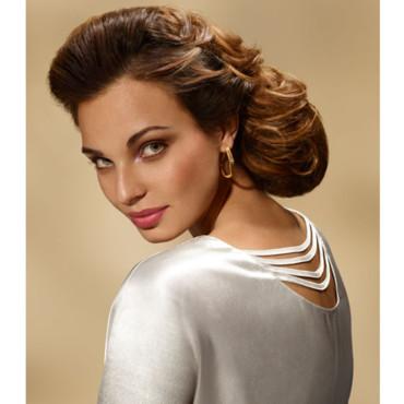Coiffure chignon bas - Femme cheveux longs sur Coupe2cheveux.com
