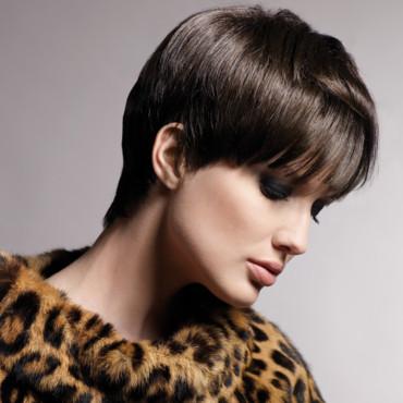Coiffure courte ronde femme cheveux courts sur - Coiffeur specialiste coupe courte paris ...