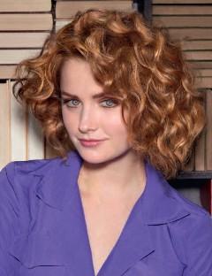 Coiffure coupe bouclé mi long - Femme cheveux mi-longs sur Coupe2cheveux.com