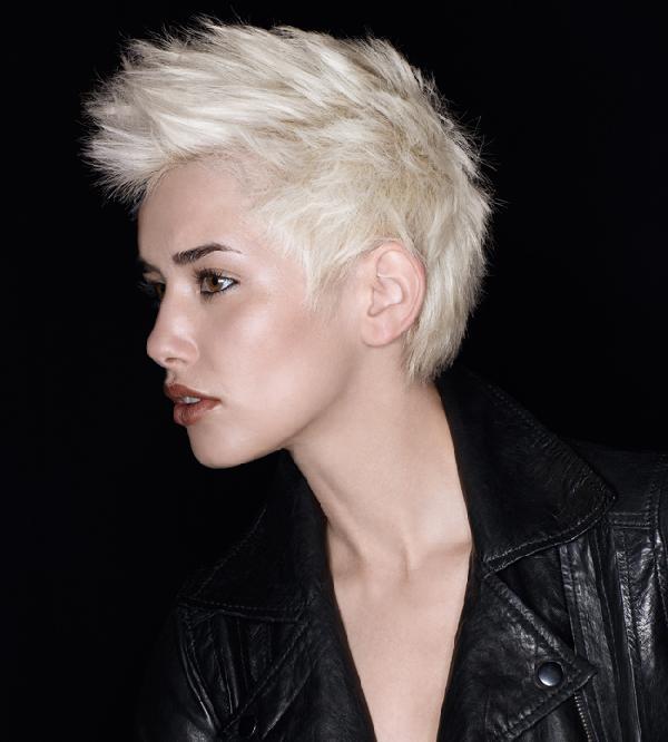 coiffure rock femme cheveux courts