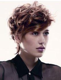 Coiffure Coupe Ondule Court Femme Cheveux Courts Sur Coupe2cheveux Com
